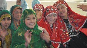 دختران هزاره از قوم پارسی زبان افغانستان
